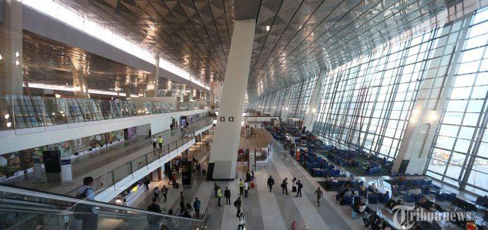 Kamera Pengawas CCTV di Terminal Ultimate Soeta